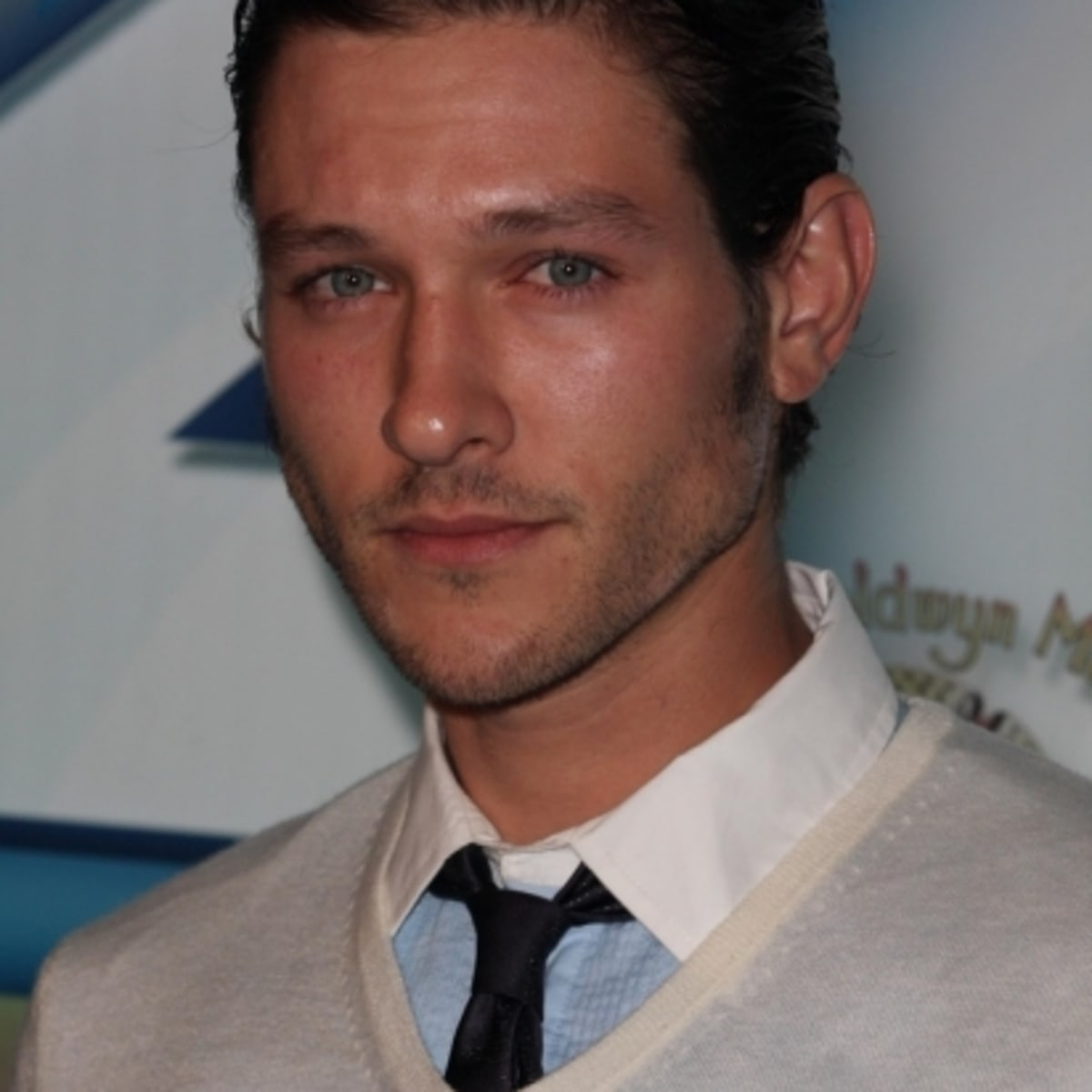 The Young And The Restless Michael Graziadei Heads To Venice Daytime Confidential