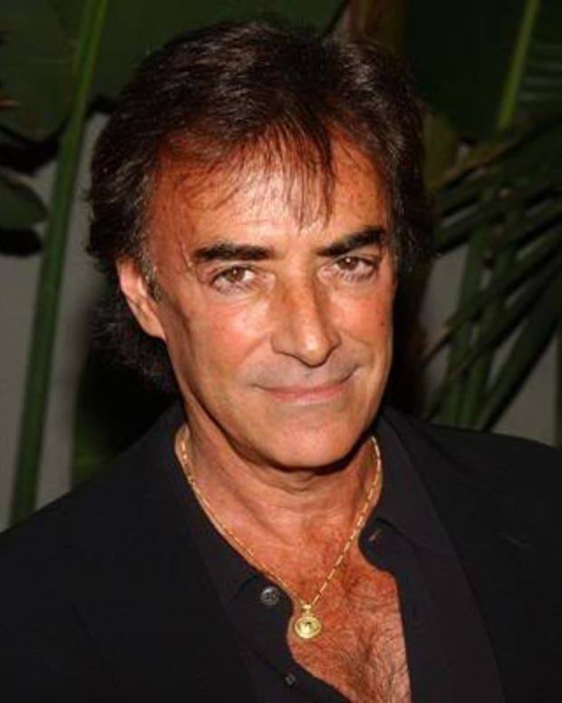 thaao-penghlis-photo
