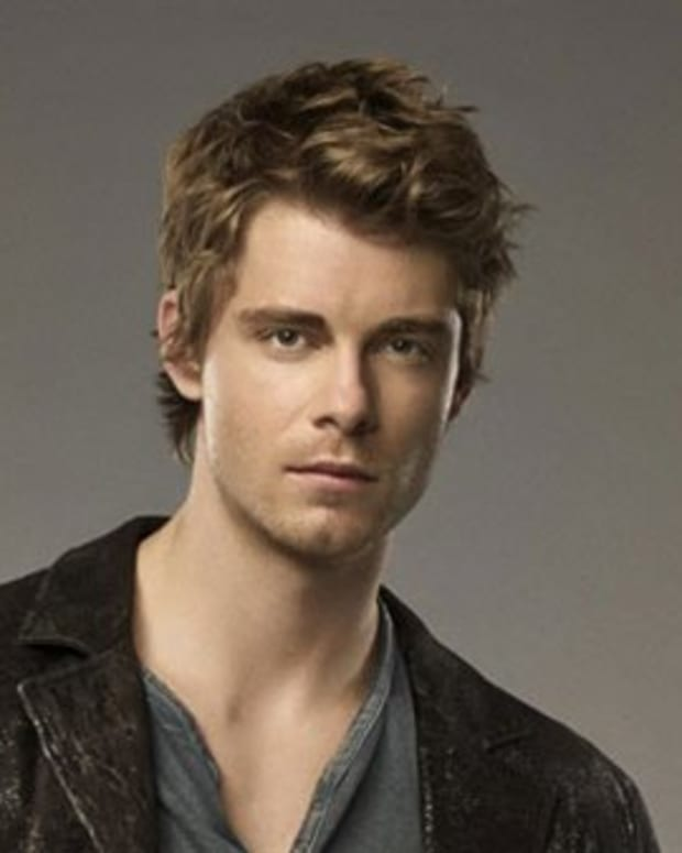 luke-mitchell-the-tomorrow-people