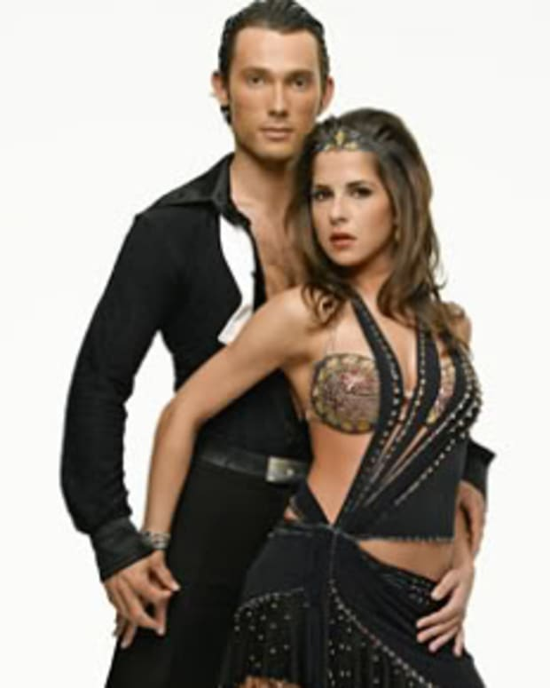 Kelly-Monaco-And-Alec-Mazo-Won-Danc