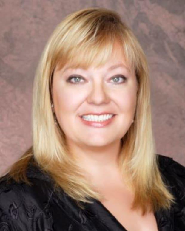 Vicki Dummer