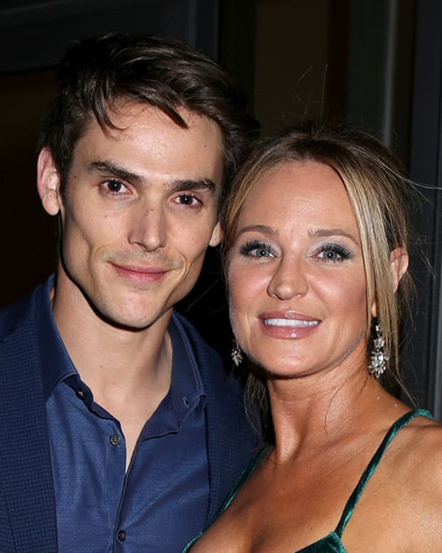 Mark Grossman, Sharon Case
