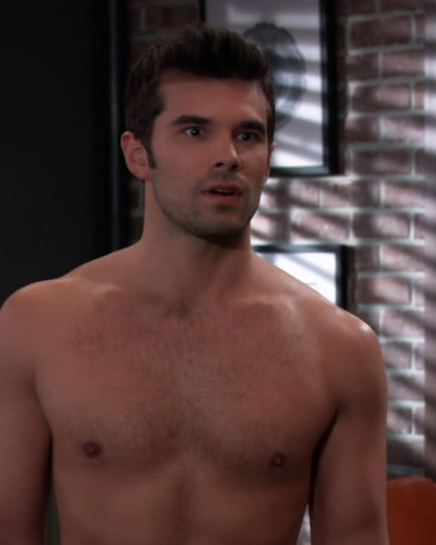 gh-shirtless chase