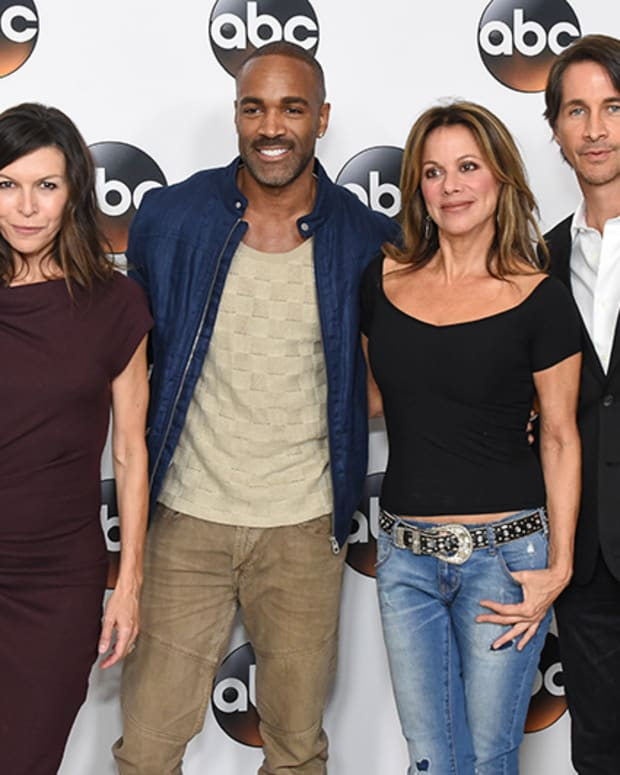 Finola Hughes, Donnell Turner, Nancy Lee Grahn, Michael Easton 02