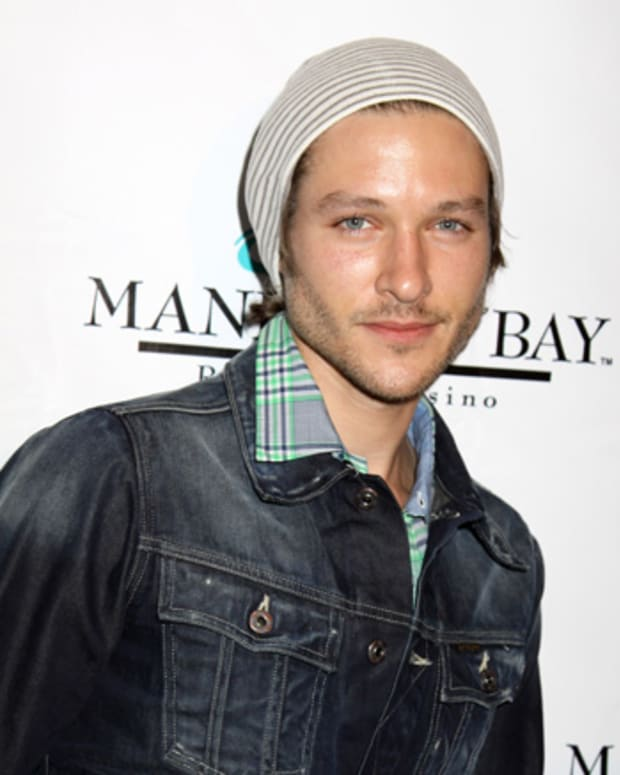 michael graziadei young and the restless