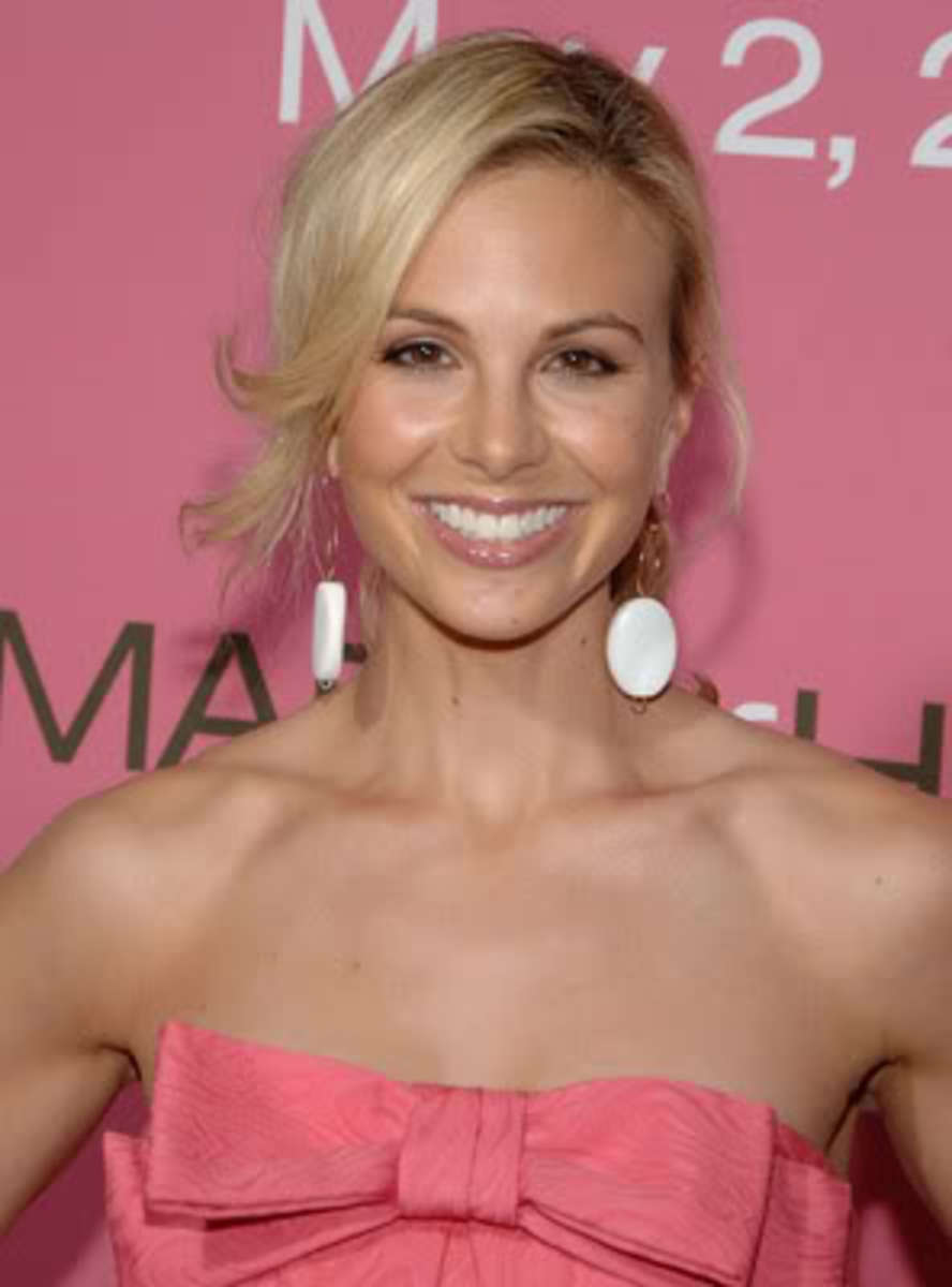 elisabeth-hasselbeck-made-of-honor-