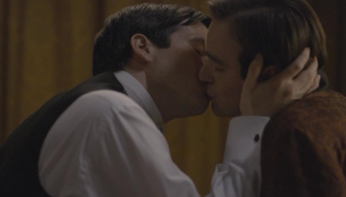 downton_kiss