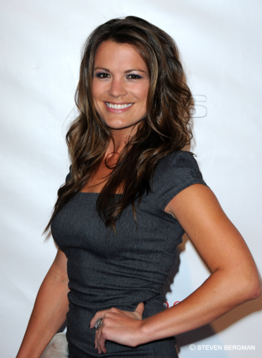 Melissa Claire Egan to Reunite With AMC 'Brother' on Young ...