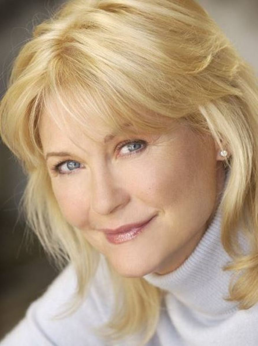 General Hospital Casts Dee Wallace As Patricia Spencer