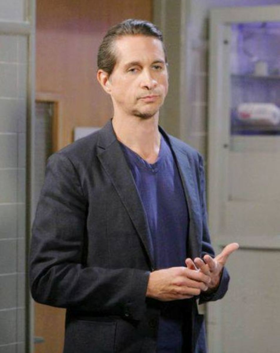 Michael_Easton3