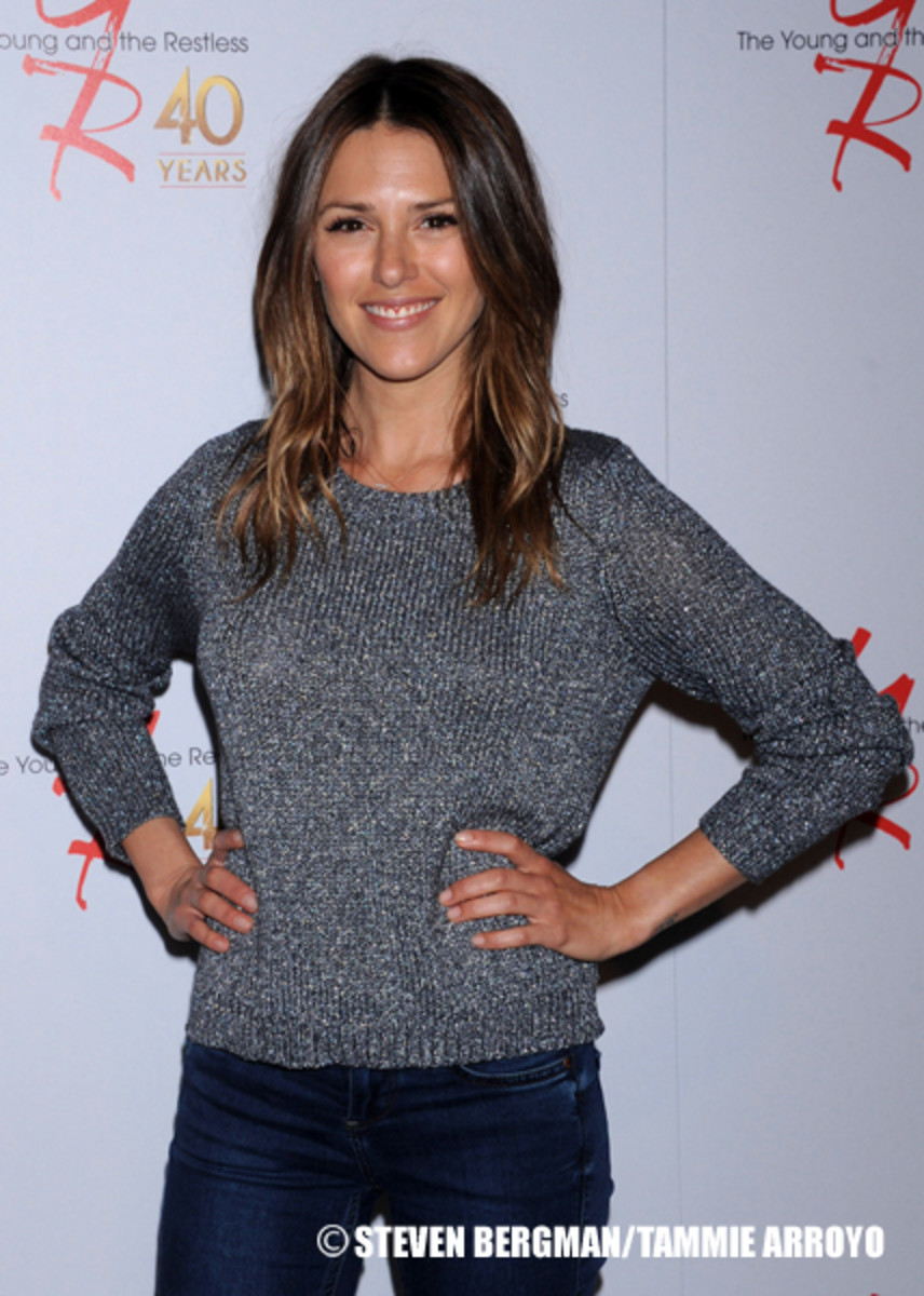 Watch Elizabeth Hendrickson video
