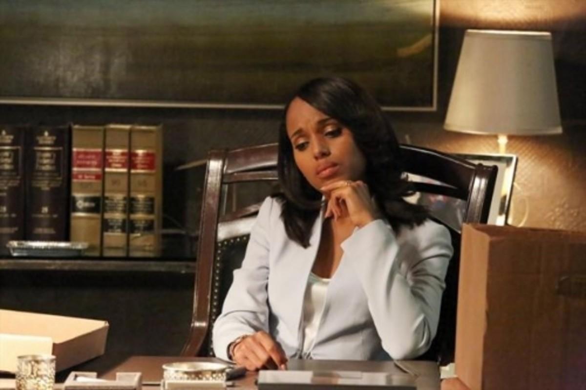 scandal-season-2-episode-22-white-hats-back-on-9
