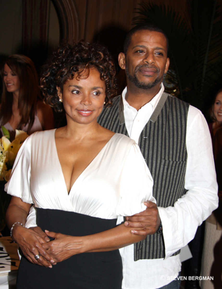 Debbi Morgan love and basketball