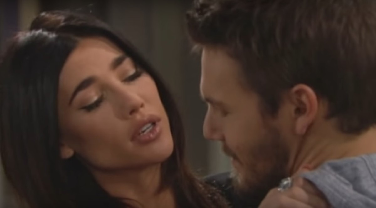 Jacqueline MacInnes Wood, Scott Clifton