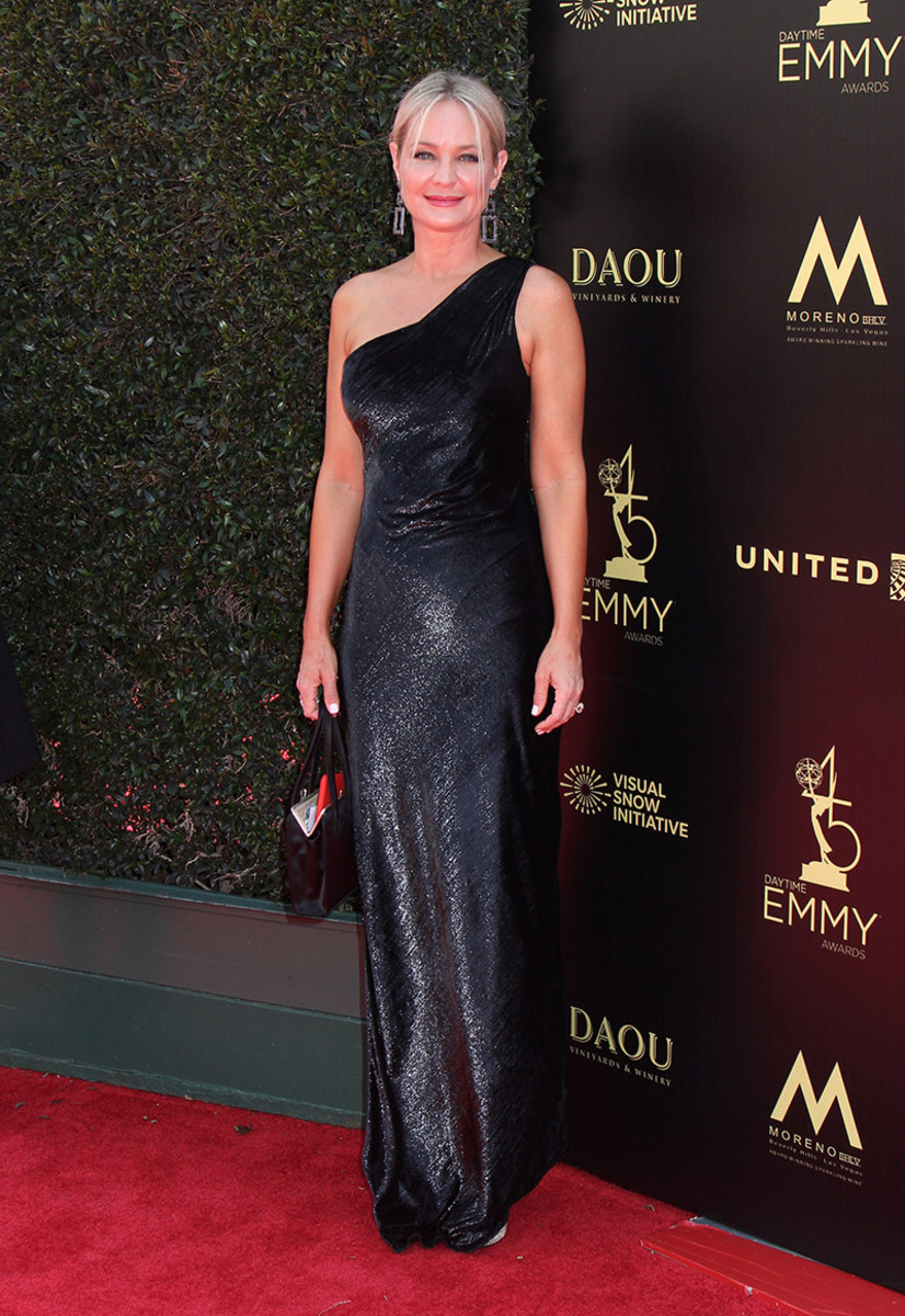 Sharon Case 02