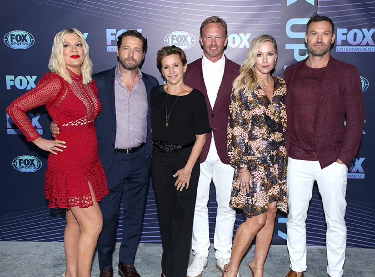 Tori Spelling, Jason Priestley, Gabrielle Carteris, Ian Ziering, Jennie Garth, Brian Austin Green