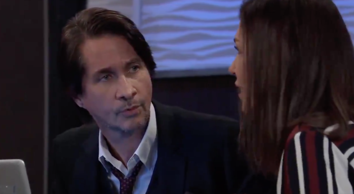 Michael Easton, Finola Hughes
