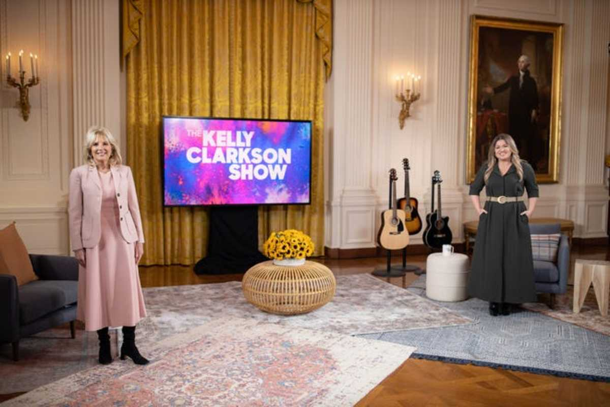 Jill Biden and Kelly Clarkson