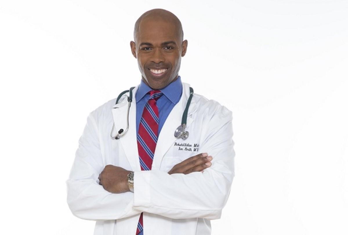 Dr. Ian Smith